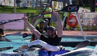 france falling passing against germany icf canoe polo world games 2017