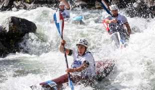 france k1 wildwater team 2017 icf slalom and wildwater world championships pau france 007 0