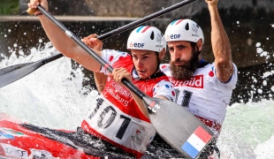 gauthier klauss matthieu pecheicf canoe slalom world cup 2 augsburg germany 2017 003