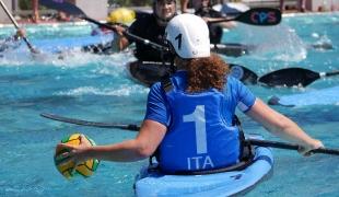 italy women passing icf canoe polo world games 2017