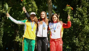 k1 women medallists 2017 icf canoe slalom world cup final la seu 031