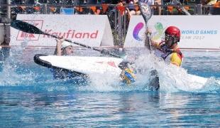 spain sprint over italy icf canoe polo world games 2017