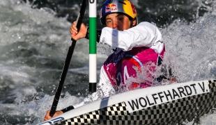 wolffhardt viktoria aut 2017 icf canoe slalom world championships pau france 033 1