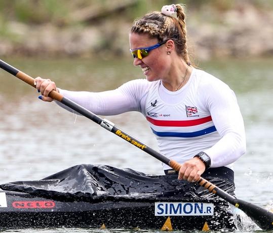 Rebeka Simon (GBR)