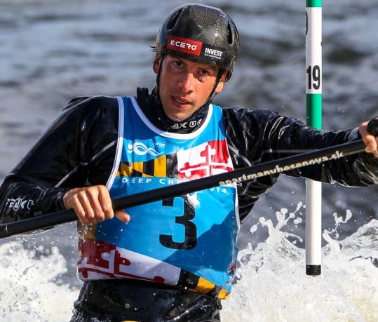 Alexander Slafkovsky (SVK)