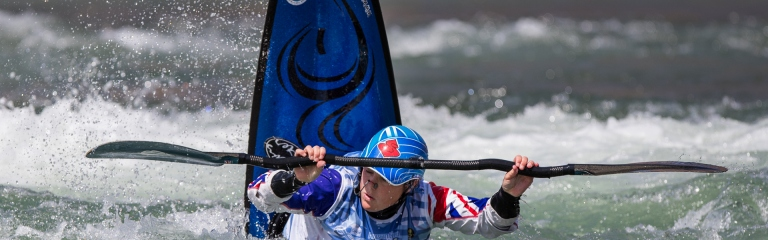 Claire O'Hara freestyle kayak Great Britain