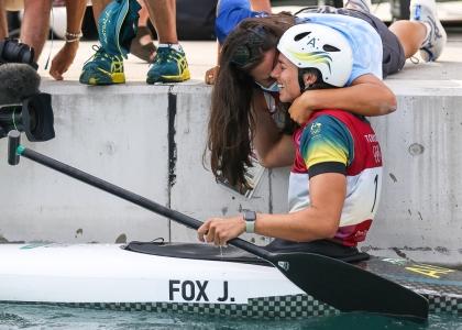 Australia Jessica Fox C1 celebrate Tokyo Olympics