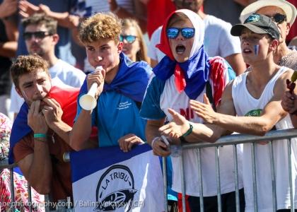 crowd 2017 icf canoe slalom world championships pau france 071