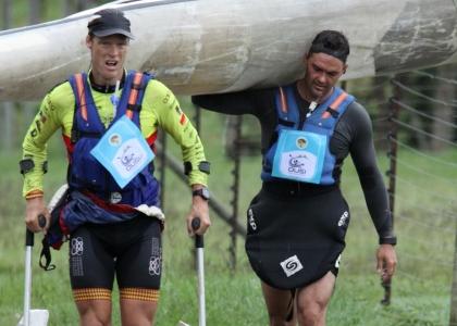 Terence Parkin crutches Mark Mulder Dusi Marathon 2019