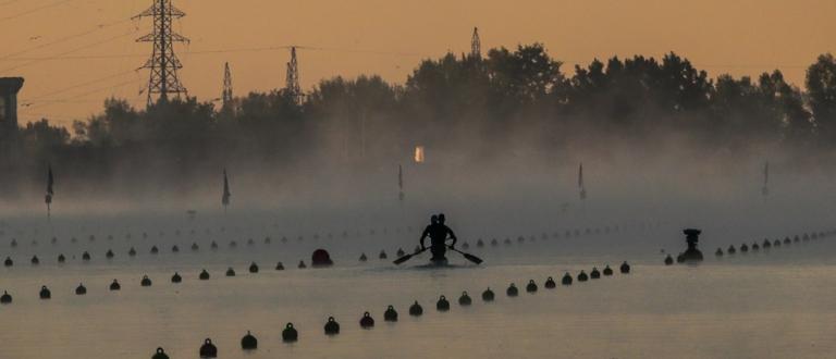 Canoe marathon silhouette scenic Pitesti 2021